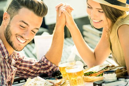 Los mejores signos para una relación seria con Sagitario